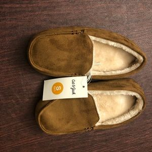 NWT Cat & Jack Moccasin Slippers